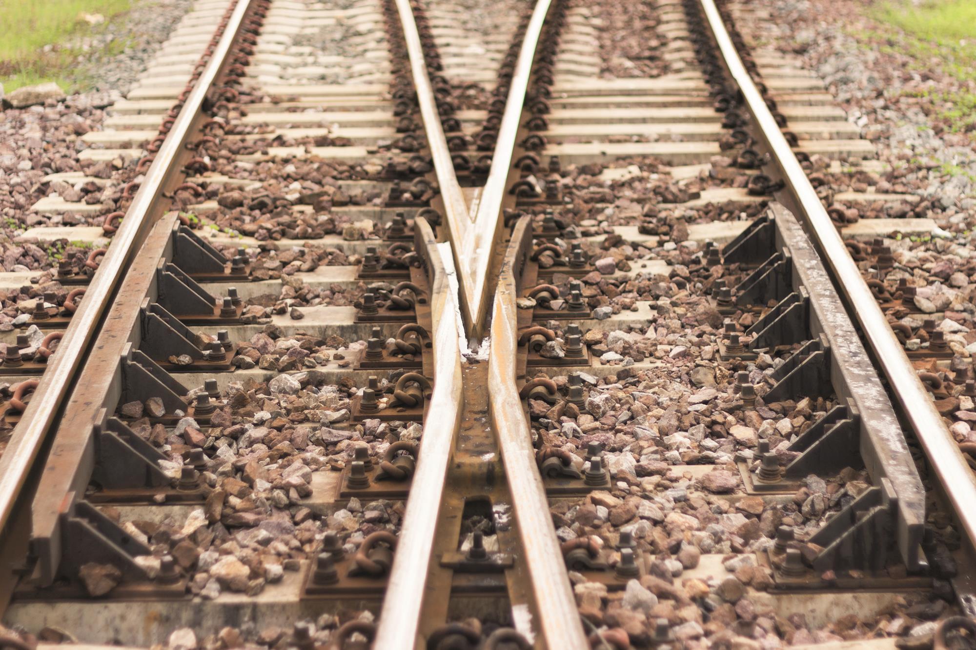 Railway Track Design - #GolfClub