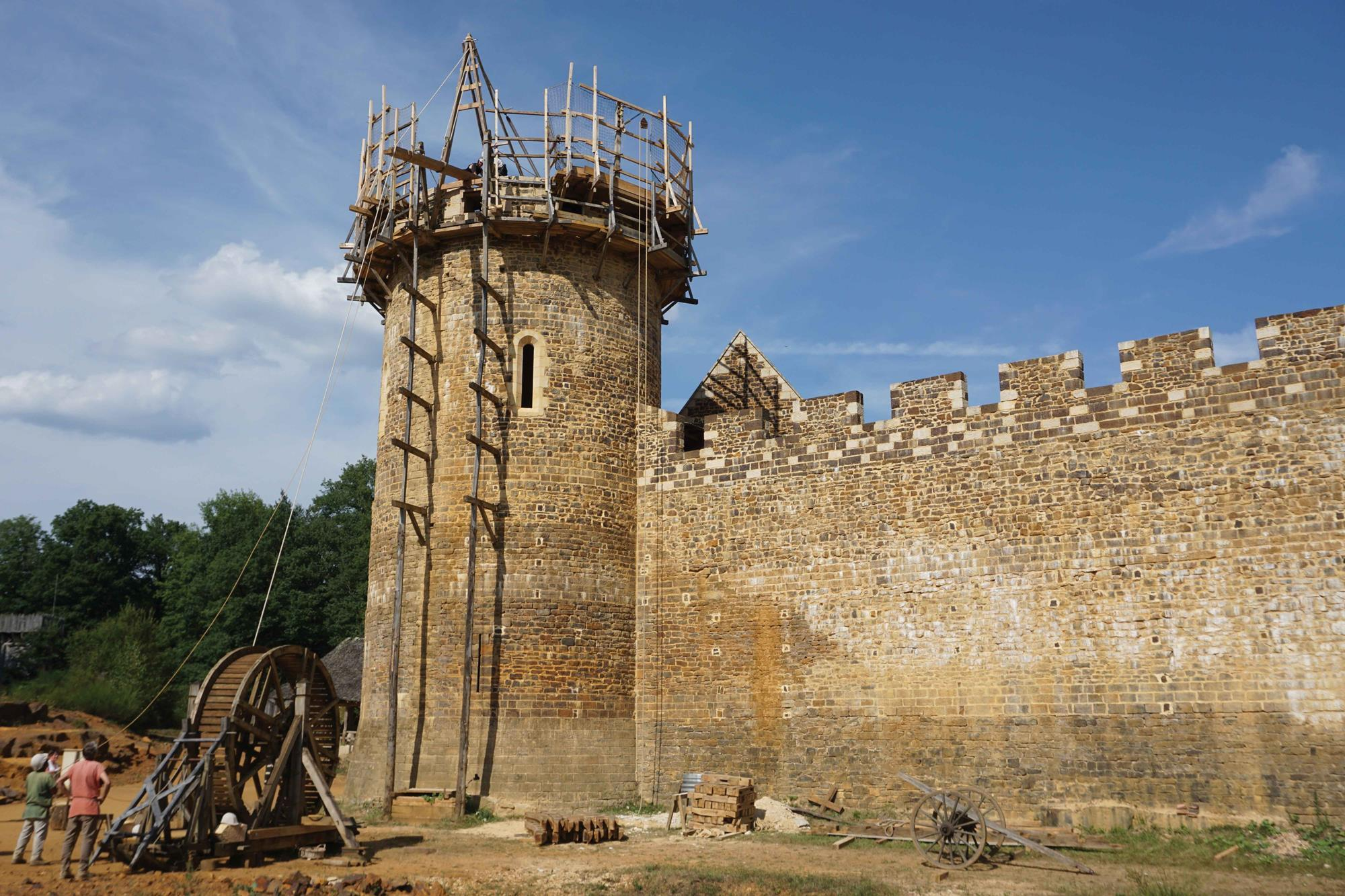Projects: Guédelon Castle, France | Features | Building