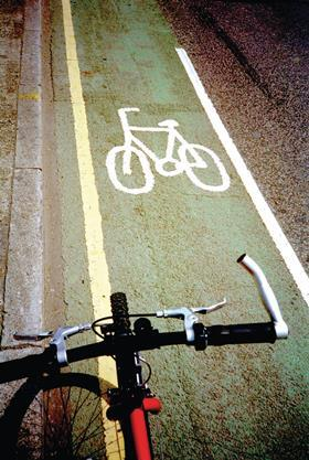 cycle_lane_london____alamy