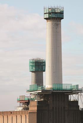 Work on chimneys - Battersea Power Station