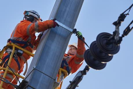 Power supply upgrade on the east coast main line