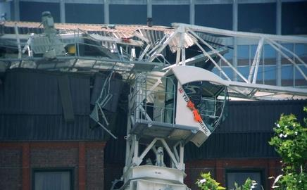 The Laing O'Rourke crane in Croydon, south London, buckled and fell onto the Croydon Park Hotel