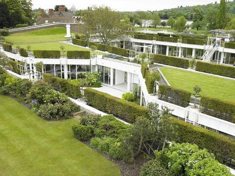 1789891 cullinan studio roof gardens rmc international hq surrey photo richard learoyd