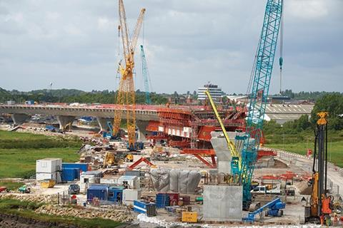 MSS constructing the central web of the northern approach viaduct