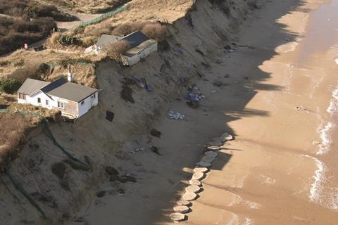 Cliff erosion pa 35602838