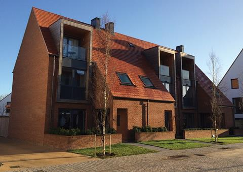 Derwenthorpe Village low-carbon community in York was built using an innovative timber engineered panelised roof and wall system developed by Roofspace and Knauf Insulation. This reduced the fabric U-values to 0.20-0.08W/m2K