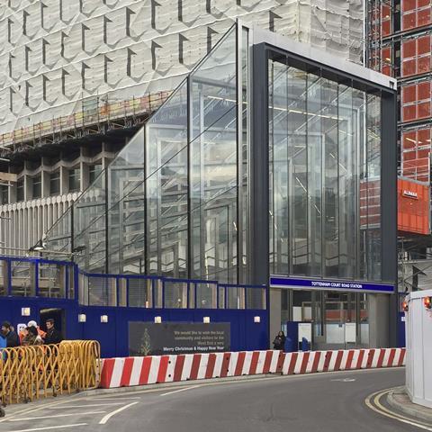 Stanton Williams' Tottenham Court Road station south entrance